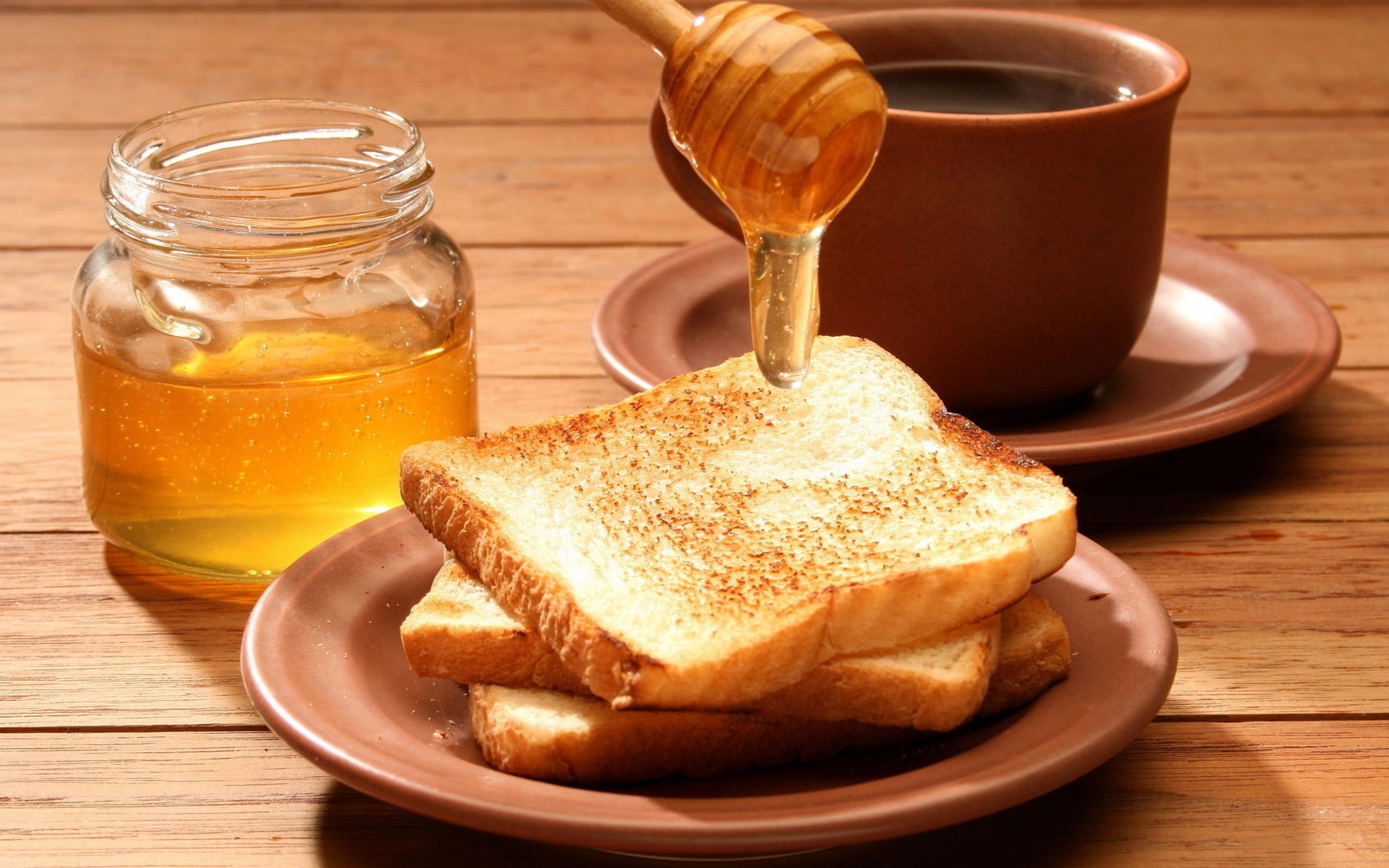Воспаление миндалин, укрепление десен и зубов с помощью меда