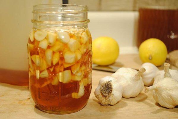 Мёд с лимонами и чесноком