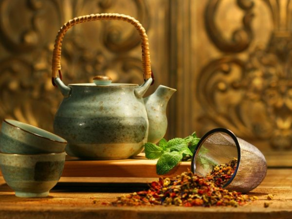 Посуда для чая и травяной сбор
