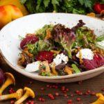 Салат из свежих лисичек