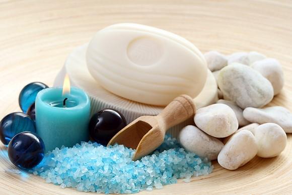 Соль и морские камешки