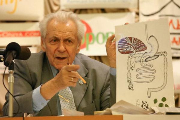 И.П. Неумывакин на семинаре