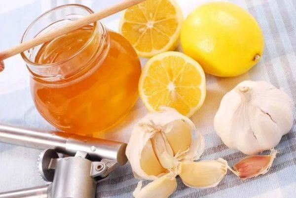 Мёд, лимоны и чеснок