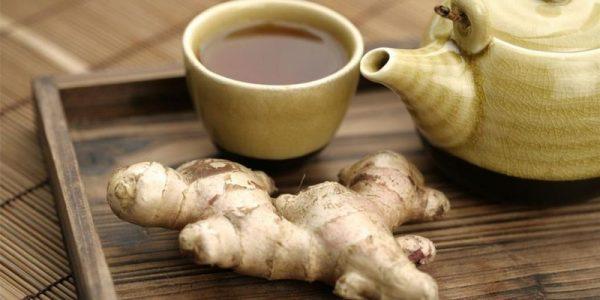 Корень имбиря и чай