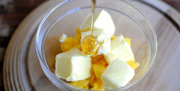 Сливочное масло и мёд